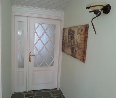 Εσωτερική πόρτα λάκα πατίνα