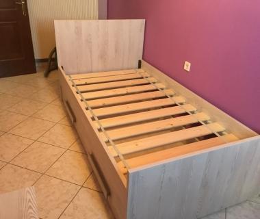Παιδικό κρεβάτι με ενιαίοσυρτάρι
